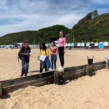 Geog Trip to Bournemouth 1.jpg